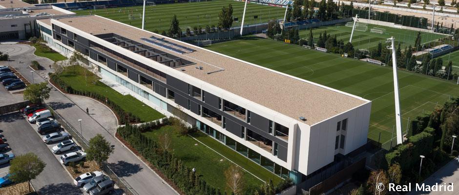 Ya est en marcha la nueva oficina del rea social en la - Oficinas real madrid ...