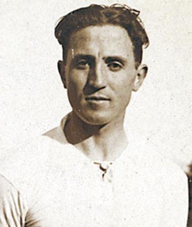 Αποτέλεσμα εικόνας για santiago bernabeu footballer