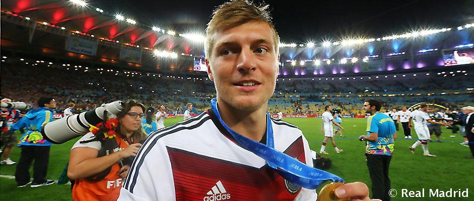 hot sale online b7cf4 1fb50 Toni Kroos. Real Madrid's new signing | Real Madrid CF