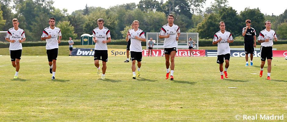 Real Madrid complete their first training session at Eastern