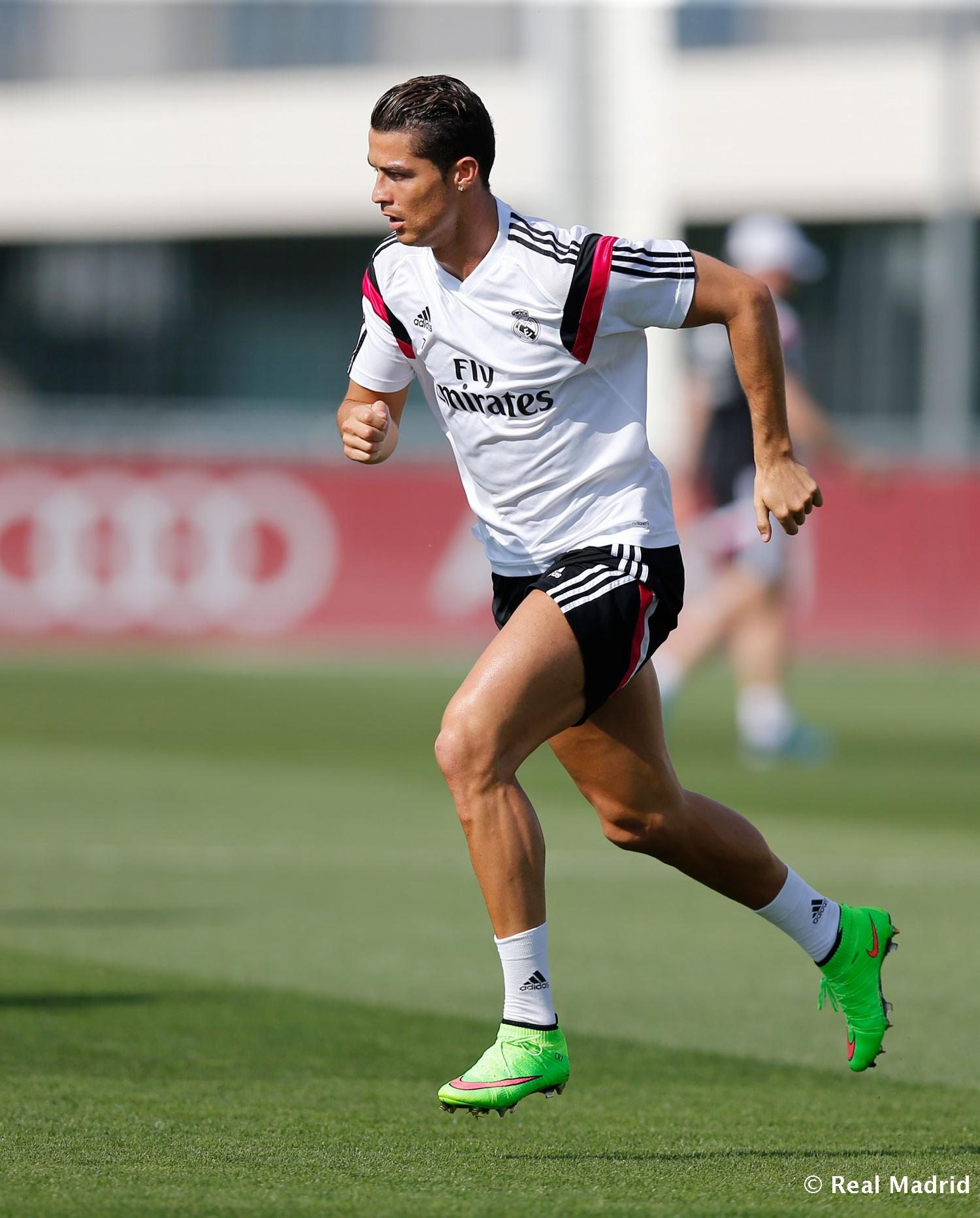 Real Madrid - Entrenamiento del Real Madrid - 09-09-2014
