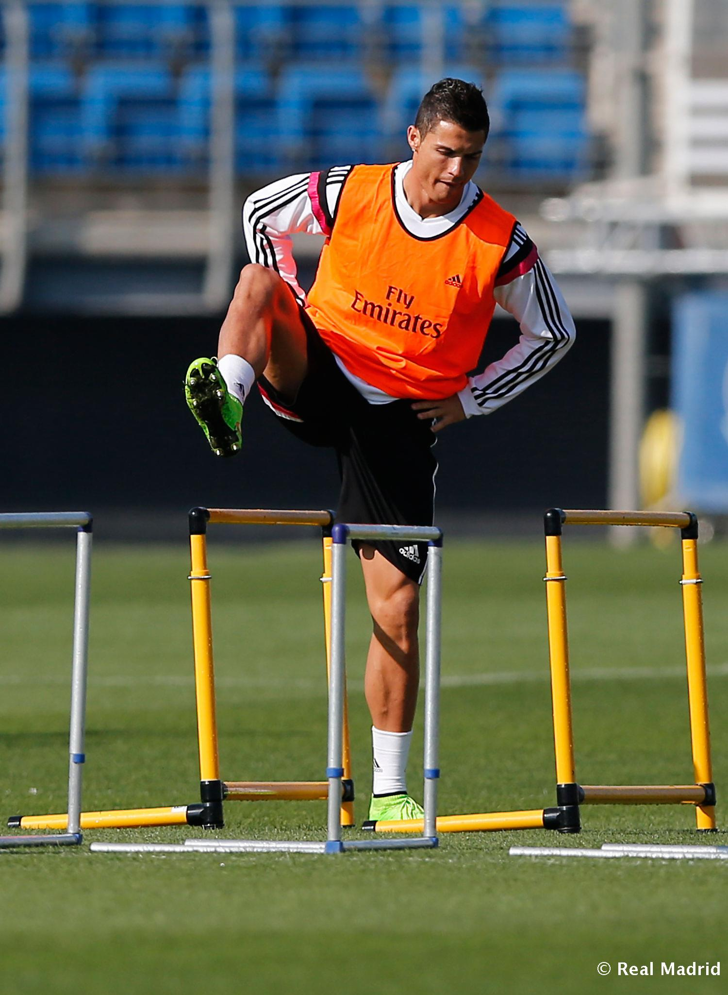 Real Madrid - Entrenamiento del Real Madrid - 25-09-2014