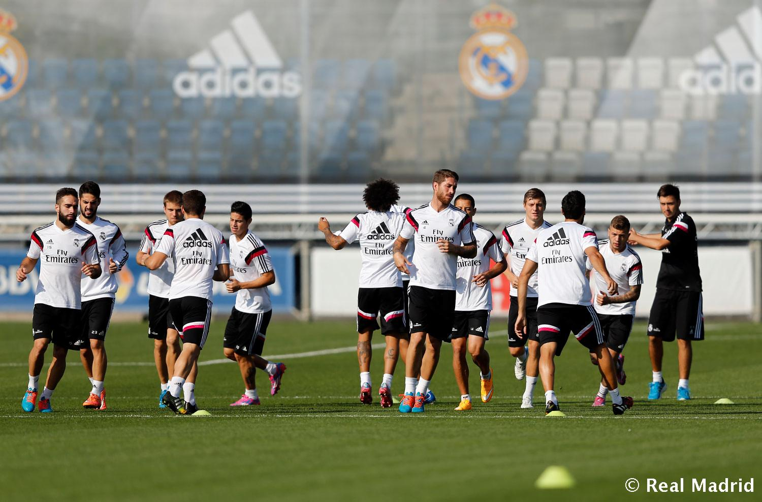 Real Madrid - Entrenamiento del Real Madrid - 03-10-2014
