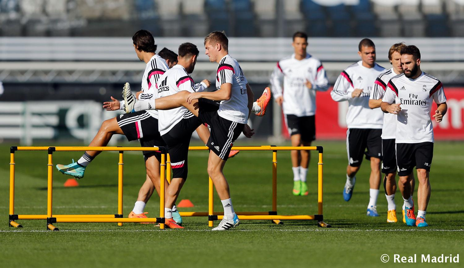 Real Madrid - Entrenamiento del Real Madrid - 16-10-2014