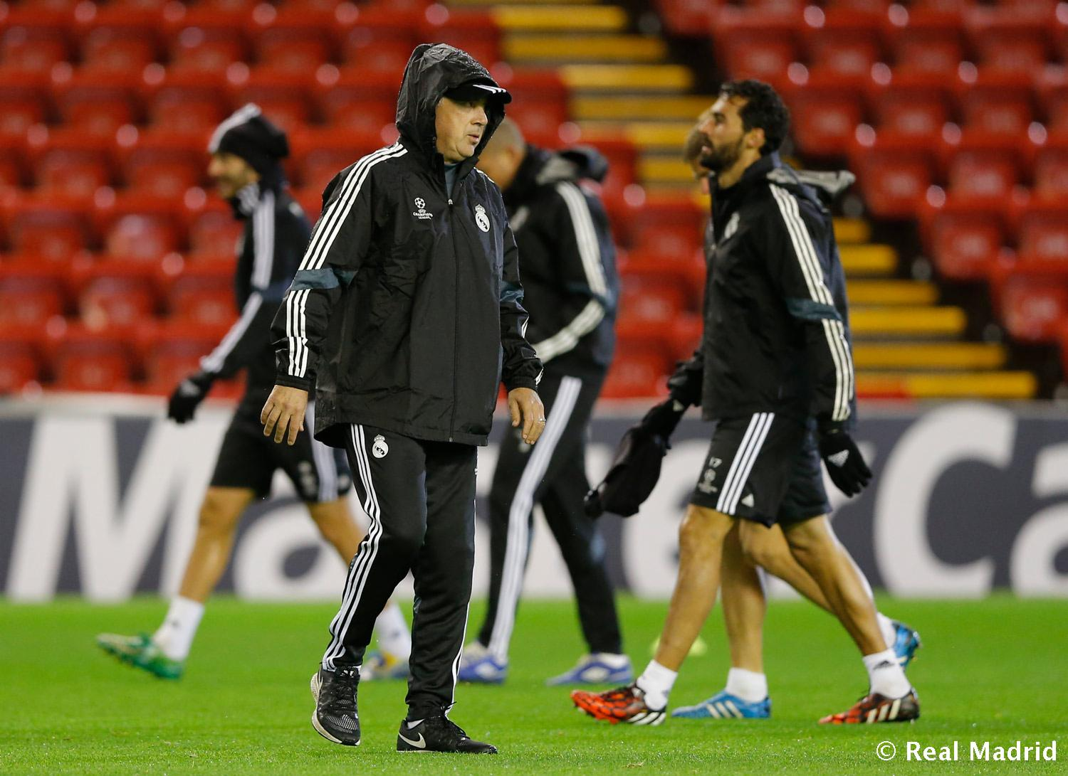 Real Madrid - Entrenamiento del Real Madrid en Anfield - 21-10-2014