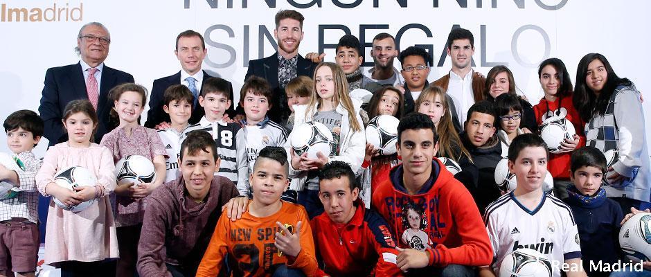 La Fundación Real Madrid presentó la campaña 'Ningún niño sin regalo'