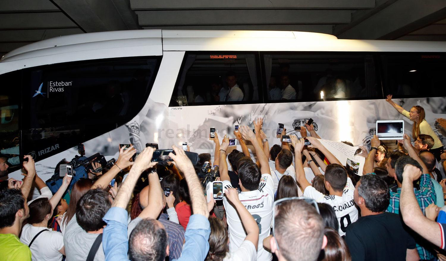 Real Madrid - Llegada del Real Madrid a Sevilla - 01-05-2015