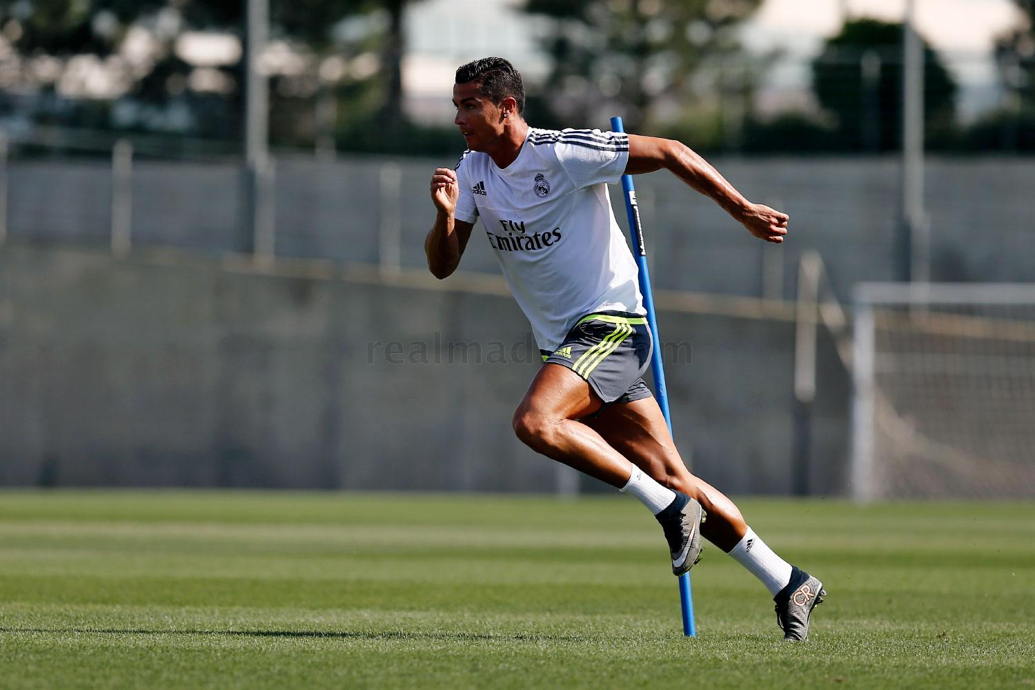 Real Madrid - Entrenamiento - 10-08-2015