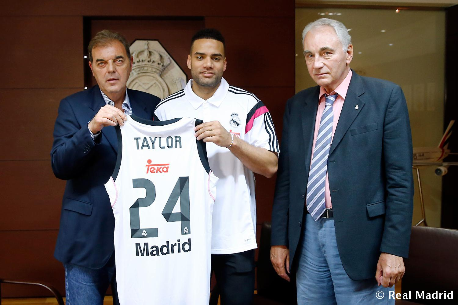 Real Madrid - Firma de Jeffery Taylor - 27-08-2015