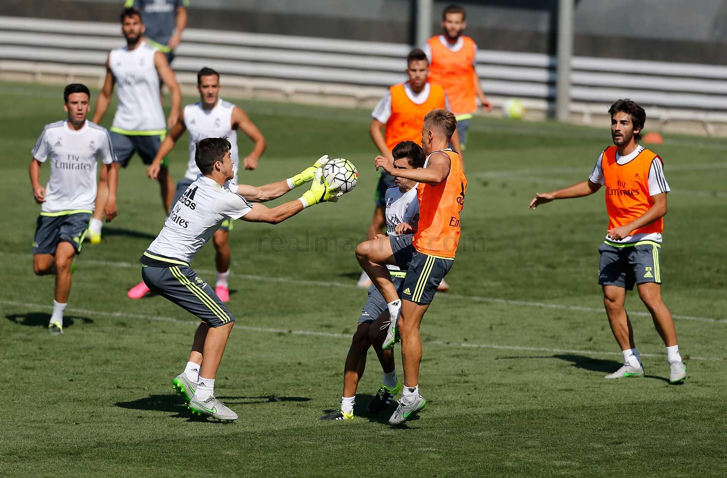 Real Madrid - Entrenamiento del Real Madrid - 03-09-2015