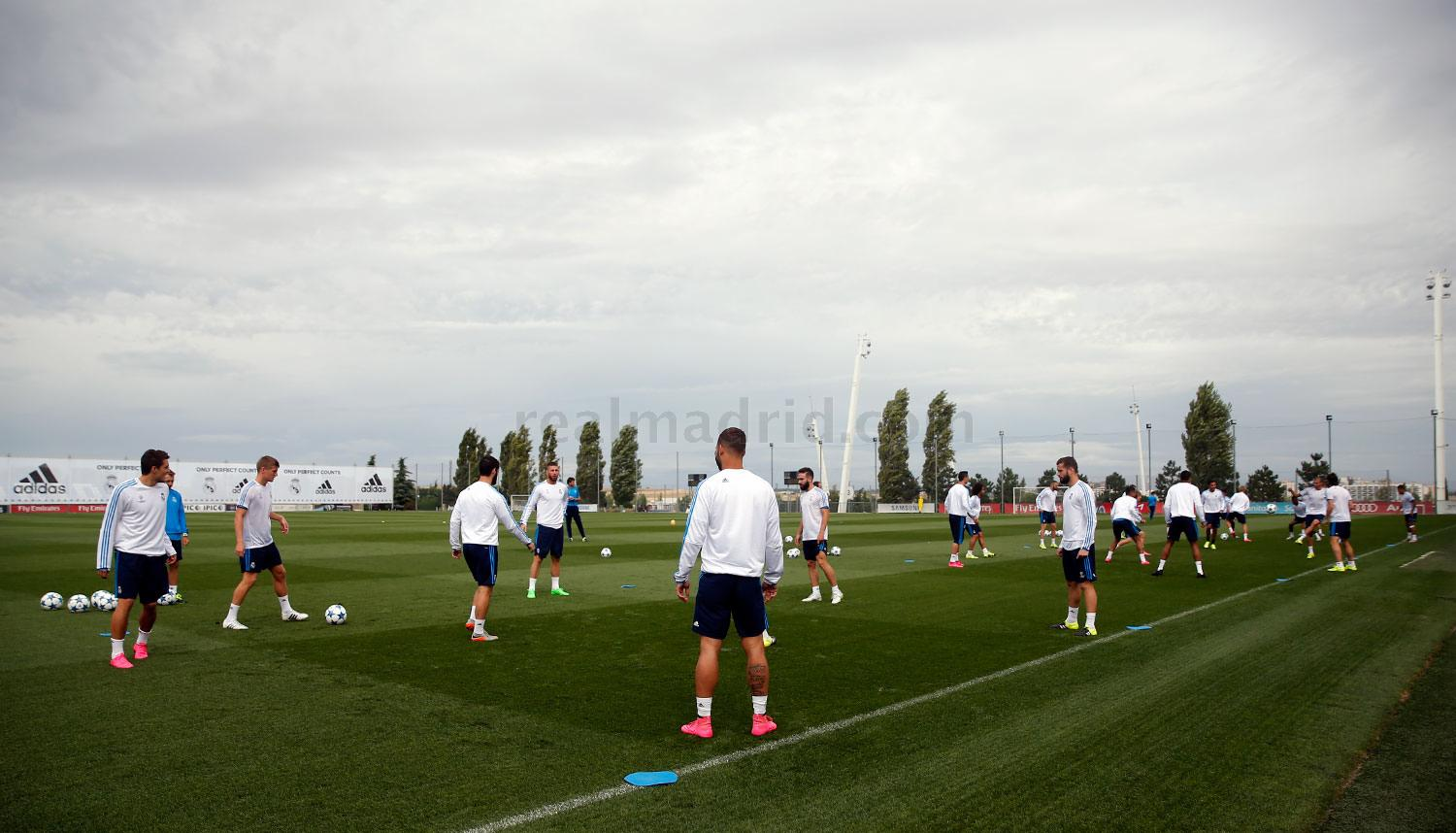 Real Madrid - Entrenamiento del Real Madrid - 15-09-2015
