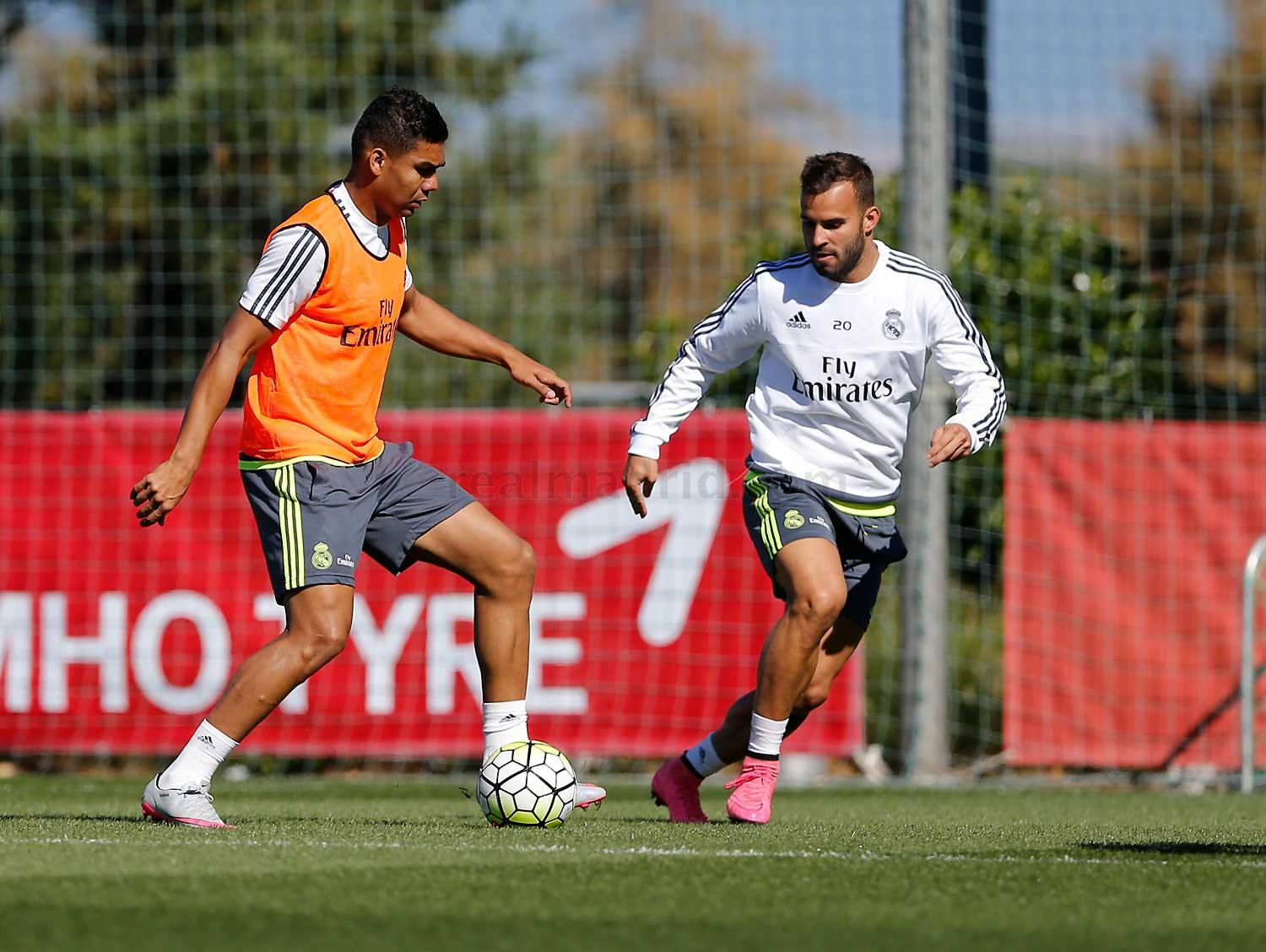 Real Madrid - Entrenamiento del Real Madrid - 18-09-2015