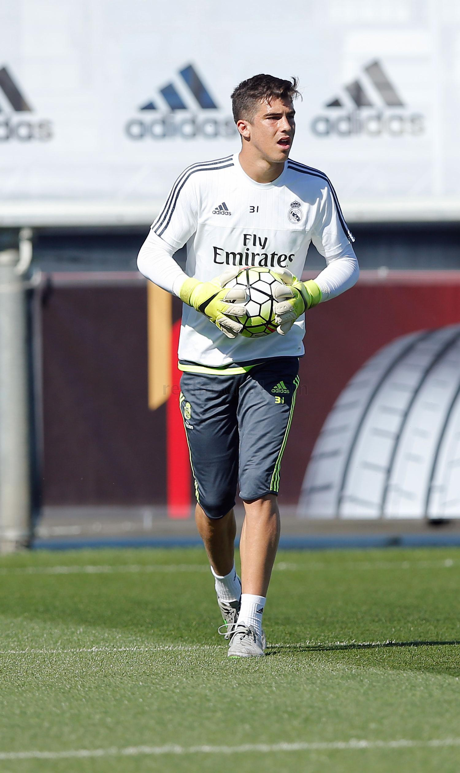Real Madrid - Entrenamiento del Real Madrid - 22-09-2015