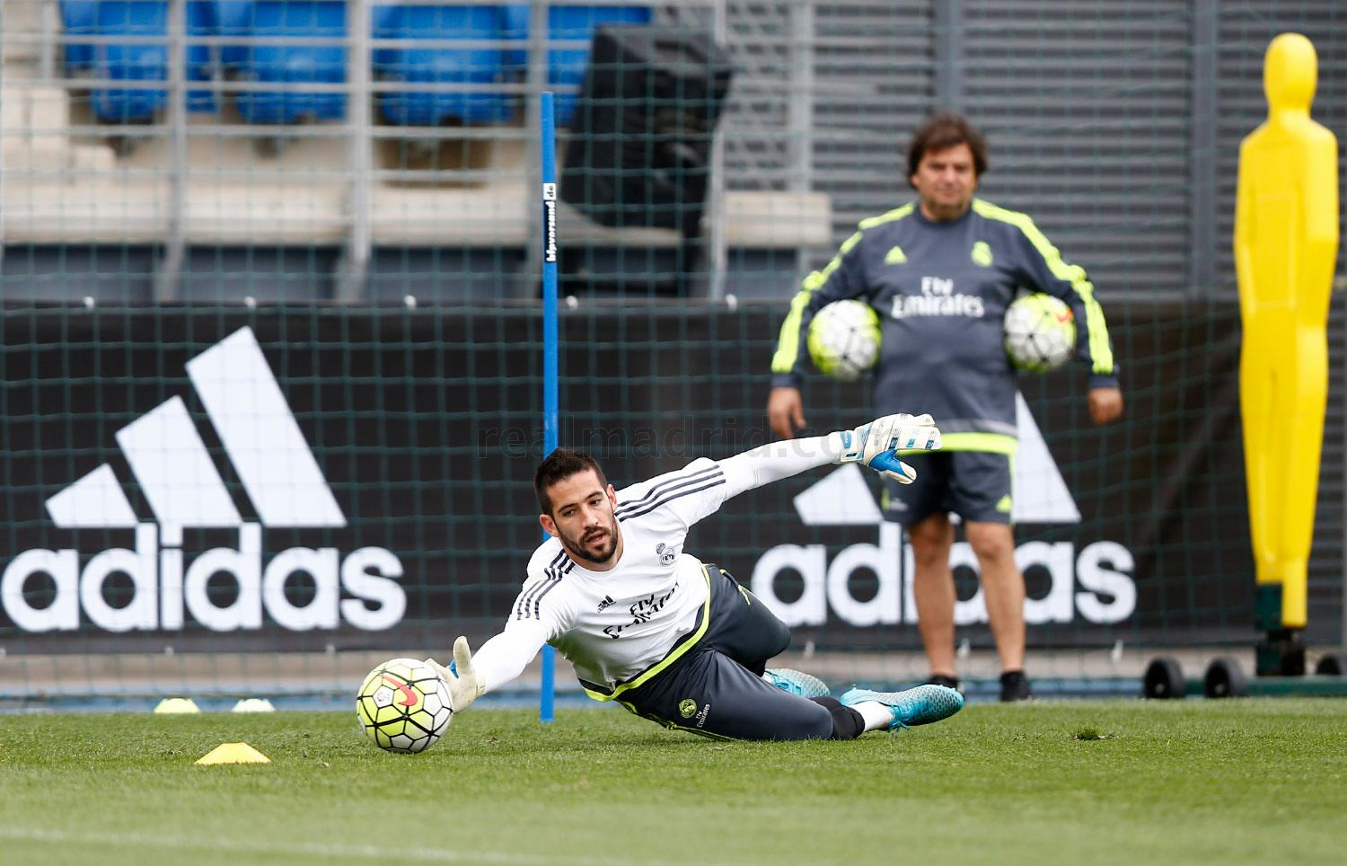 Real Madrid - Entrenamiento del Real Madrid - 05-10-2015