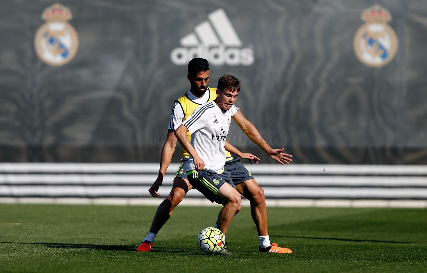 Real Madrid - Entrenamiento del Real Madrid - 08-10-2015