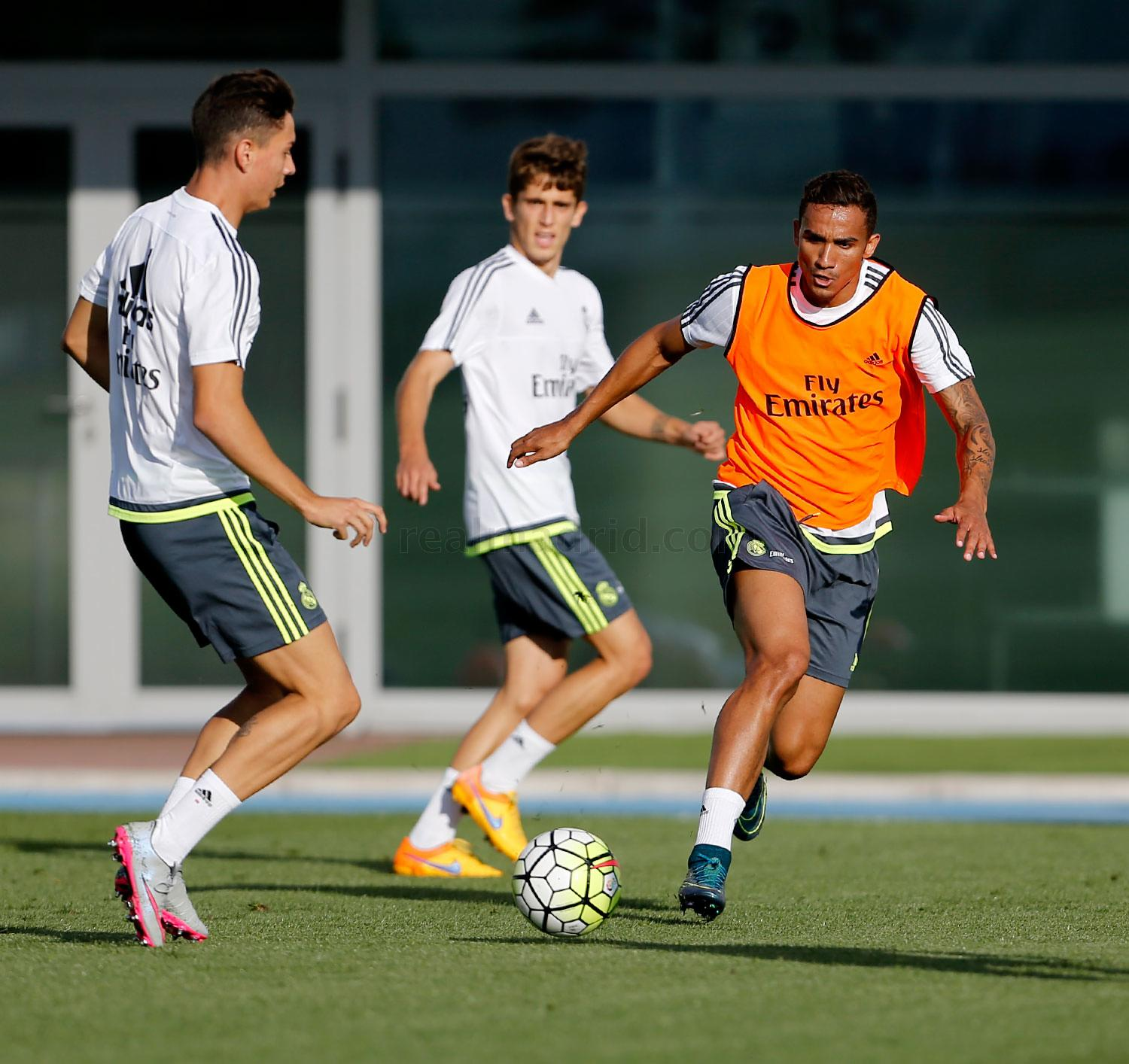 Real Madrid - Entrenamiento del Real Madrid - 12-10-2015