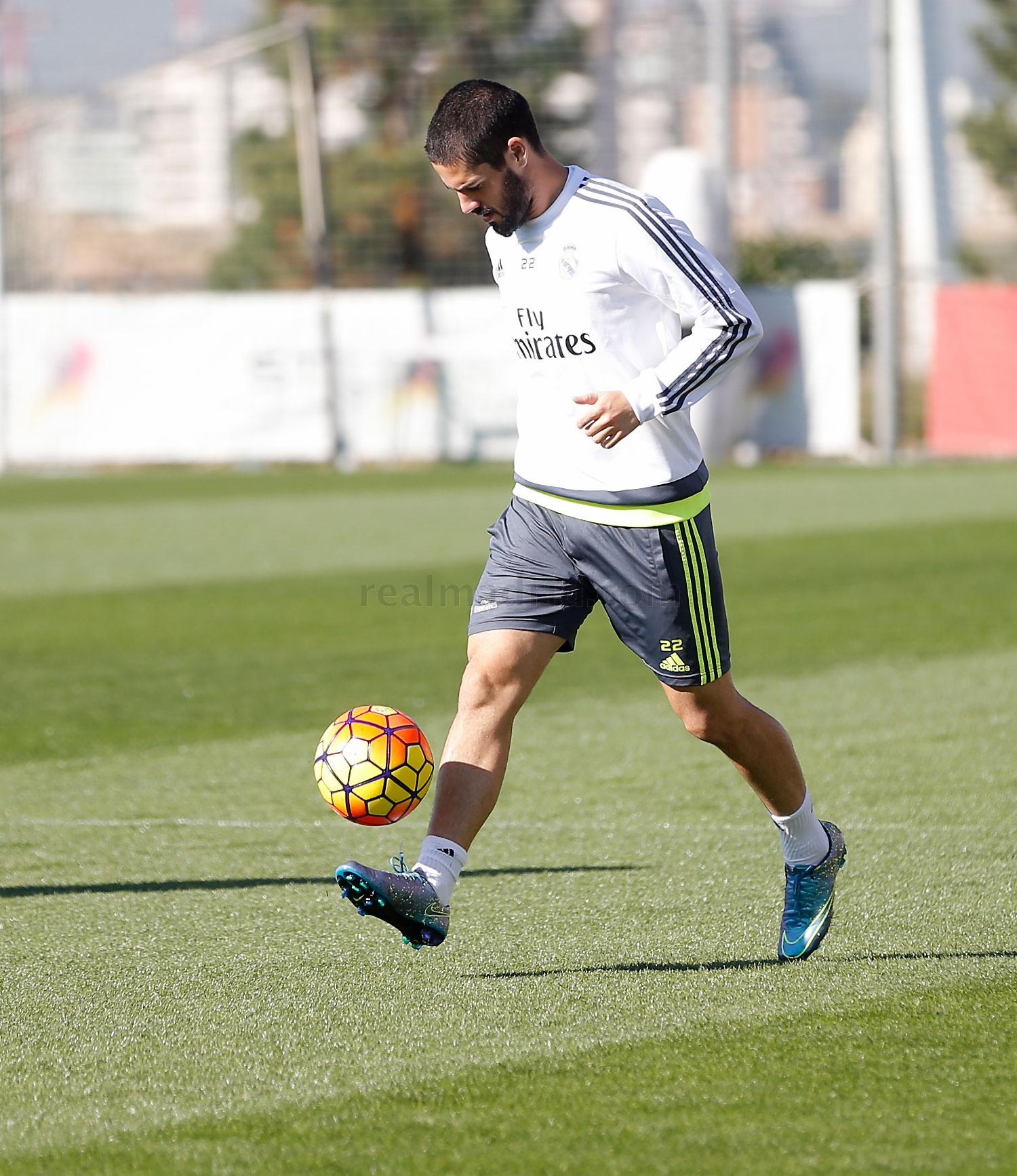 Real Madrid - Entrenamiento del Real Madrid - 22-10-2015