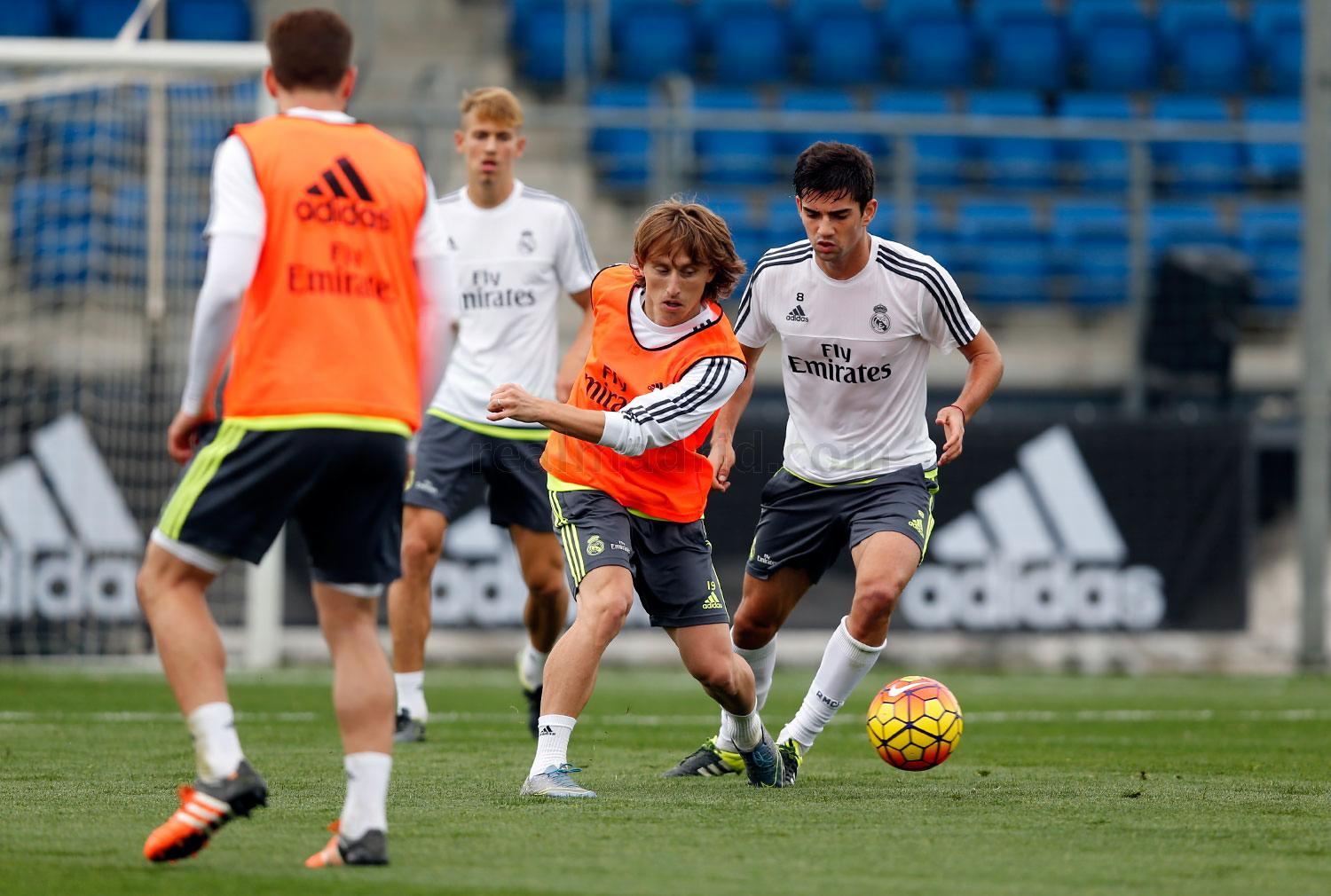 Real Madrid - Entrenamiento del Real Madrid - 27-10-2015