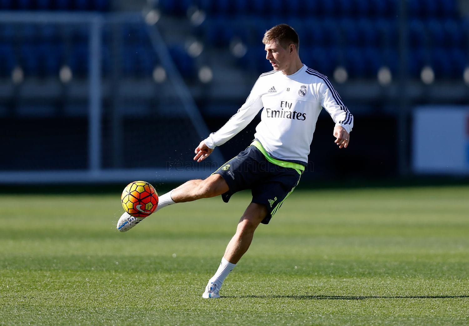 Real Madrid - Entrenamiento del Real Madrid - 07-11-2015