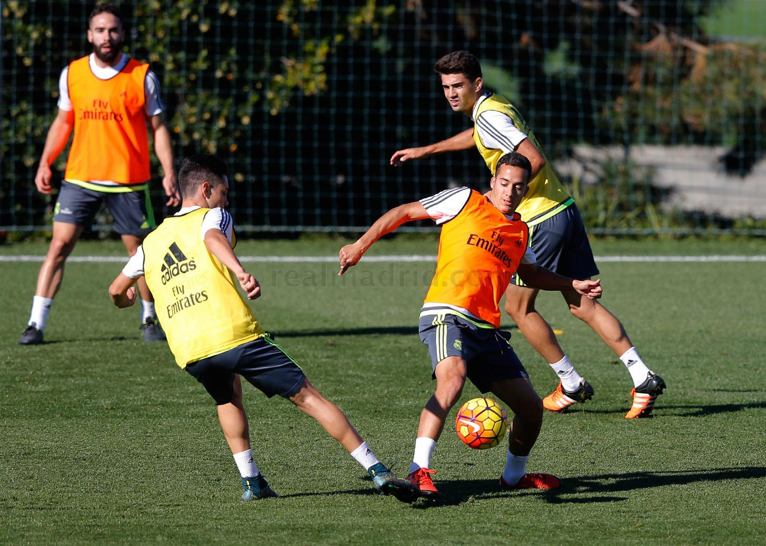Real Madrid - Entrenamiento del Real Madrid - 09-11-2015