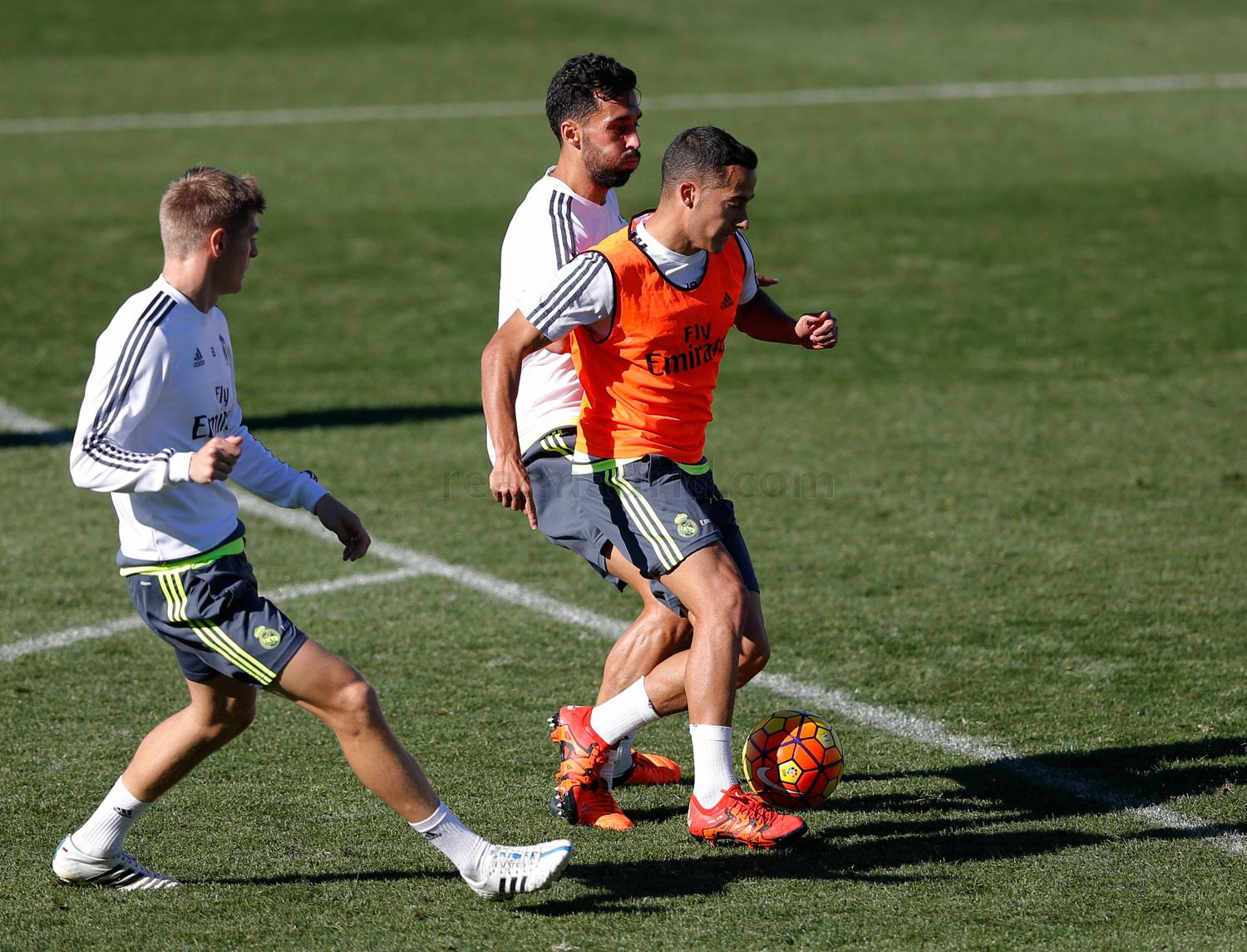 Real Madrid - Entrenamiento del Real Madrid - 11-11-2015
