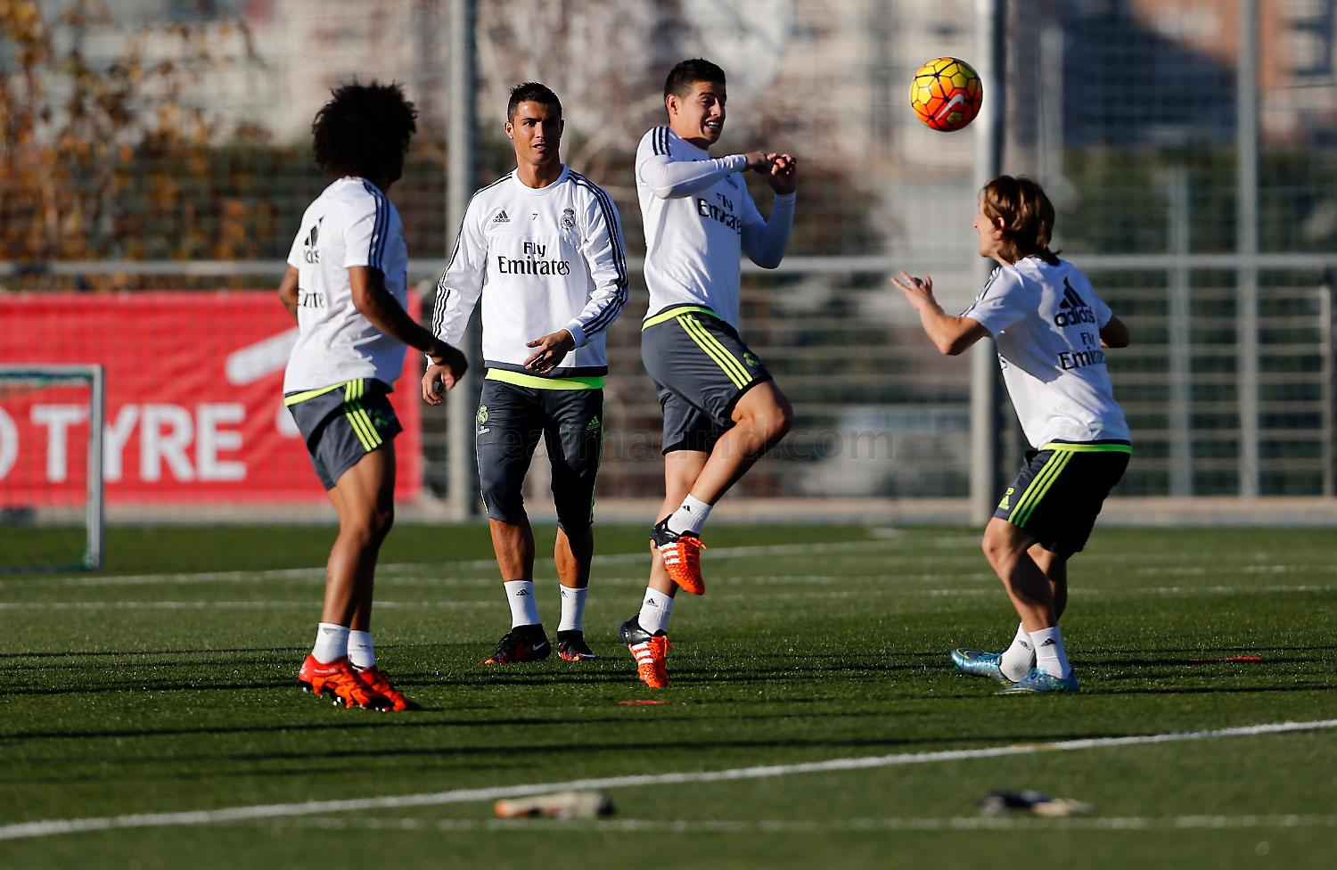 Real Madrid - Entrenamiento del Real Madrid - 19-11-2015