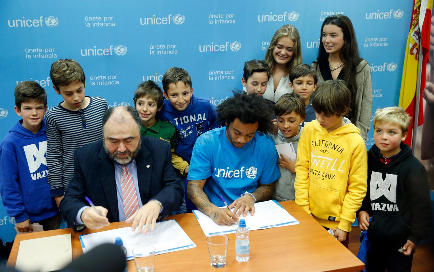 Real Madrid - Marcelo nombrado amigo de Unicef Comité Madrid - 17-12-2015