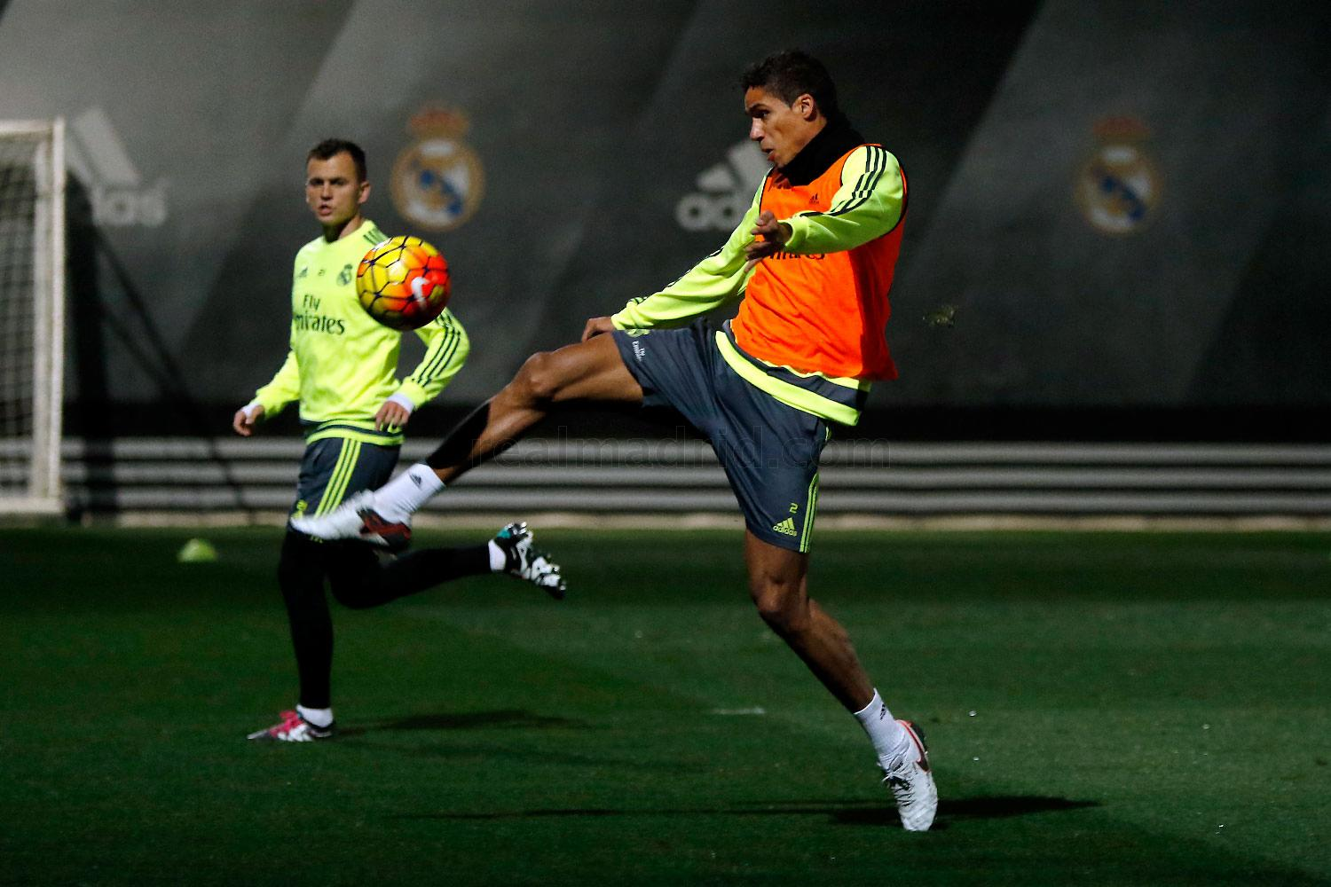 Real Madrid - Entrenamiento del Real Madrid - 01-01-2016