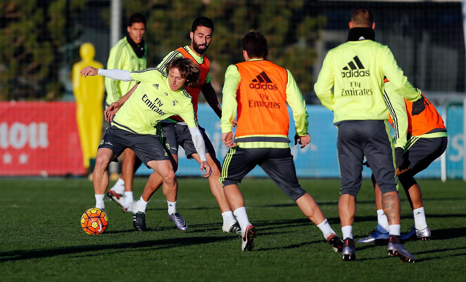 Real Madrid - Entrenamiento del Real Madrid - 02-01-2016