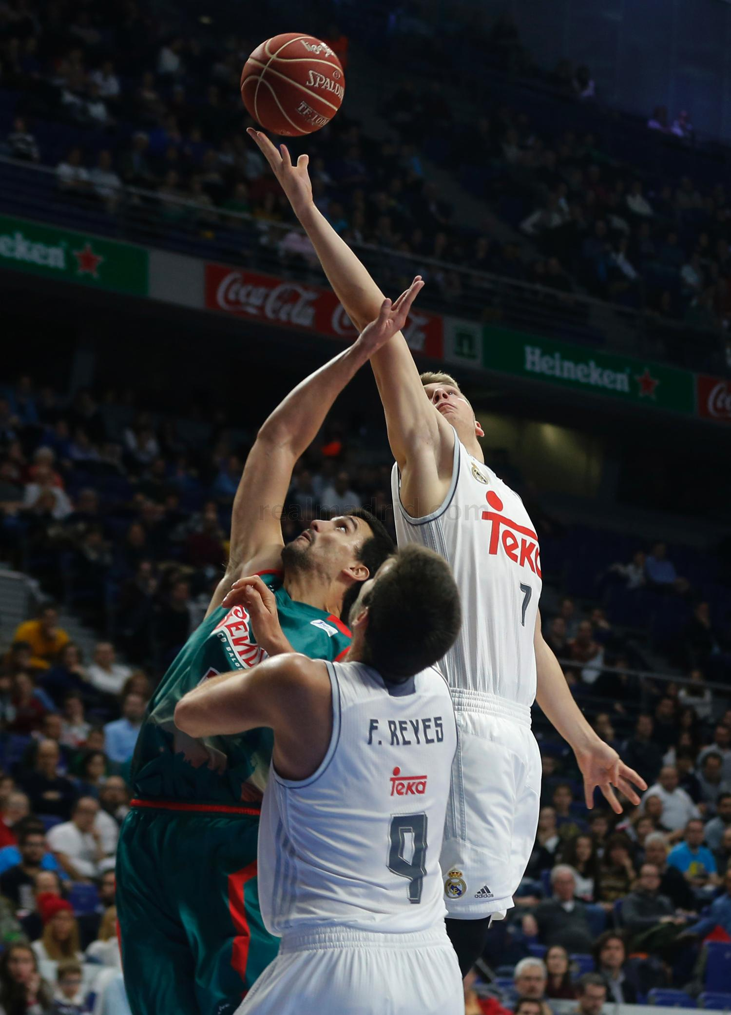 Real Madrid - Real Madrid - Baloncesto Sevilla - 10-01-2016