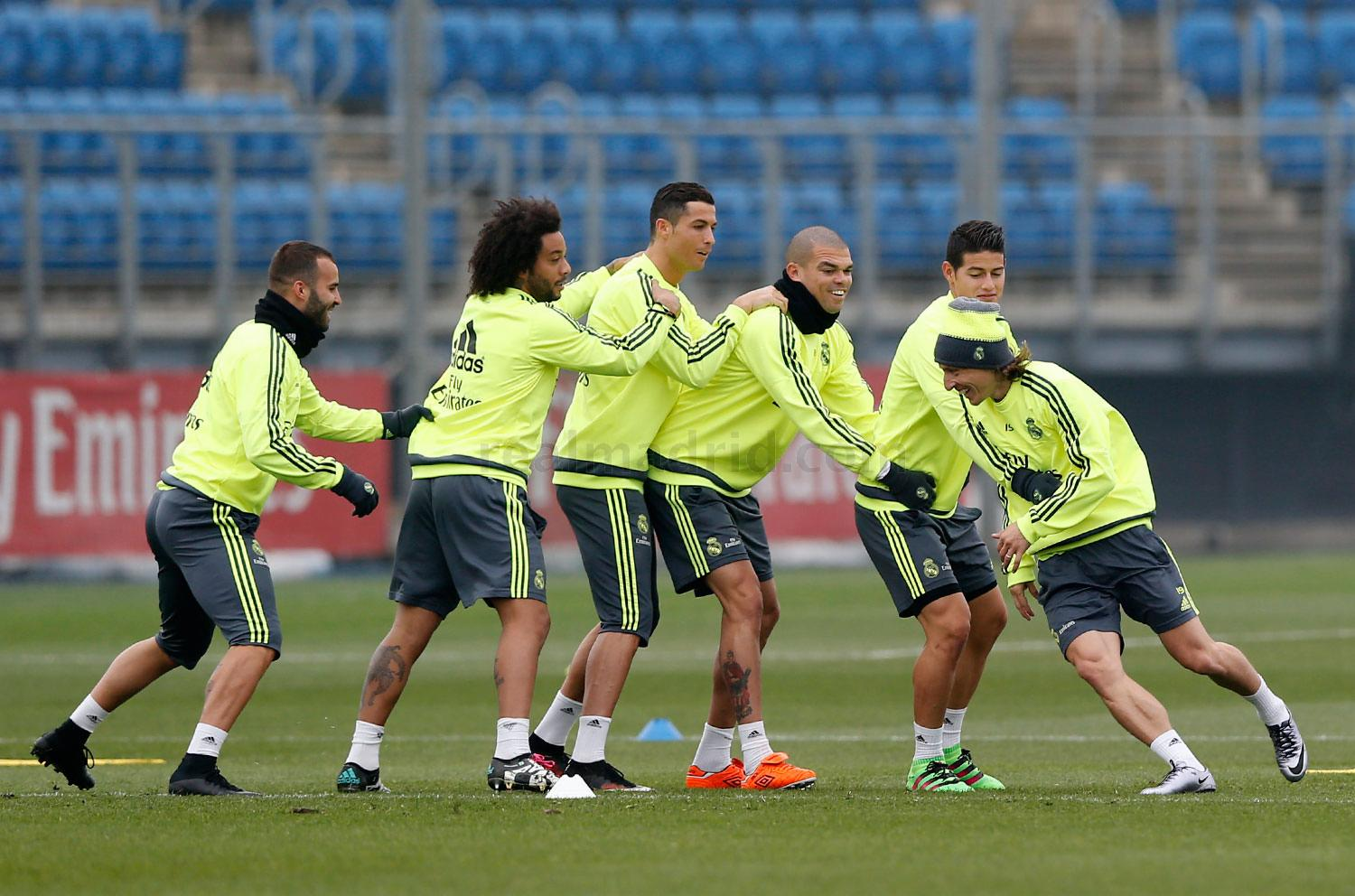 Real Madrid - Entrenamiento del Real Madrid - 22-01-2016