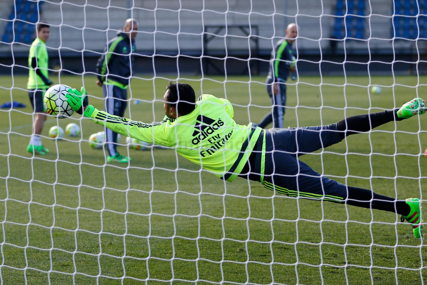 Real Madrid - Entrenamiento del Real Madrid - 25-02-2016