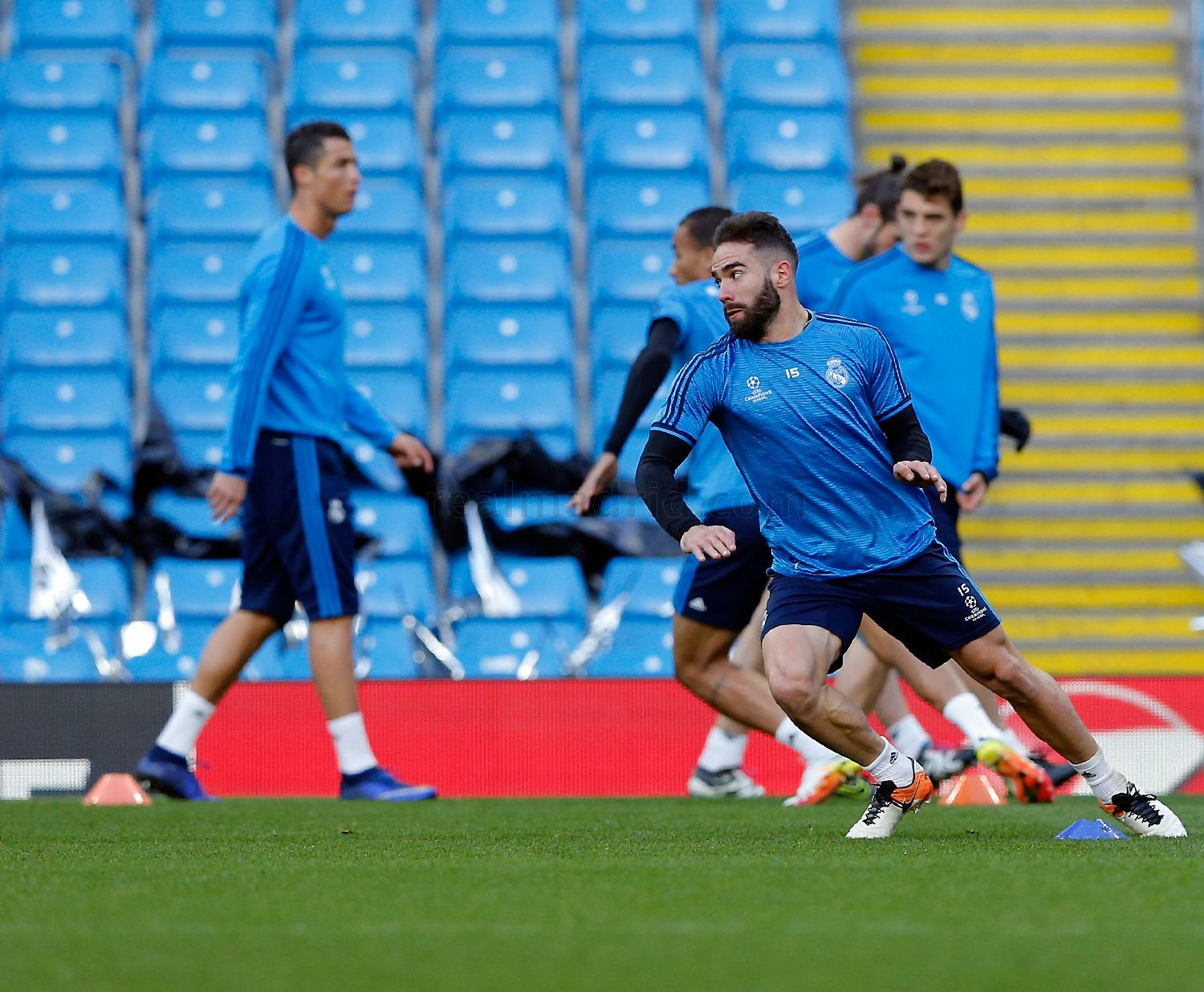 Real Madrid - Entrenamiento del Real Madrid en Manchester - 25-04-2016