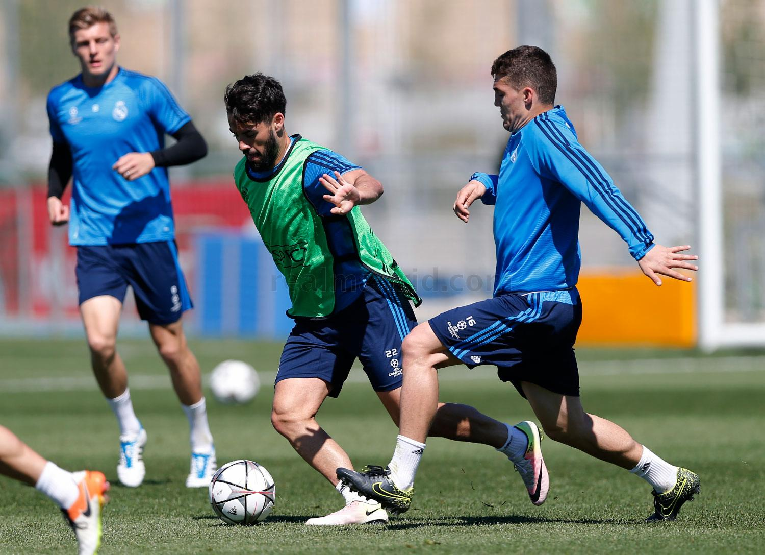Real Madrid - Entrenamiento del Real Madrid - 03-05-2016