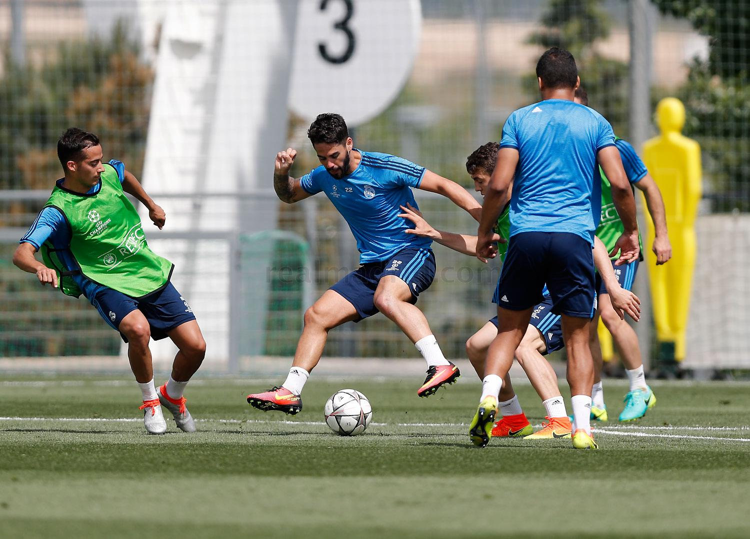 Real Madrid - Entrenamiento del Real Madrid - 24-05-2016