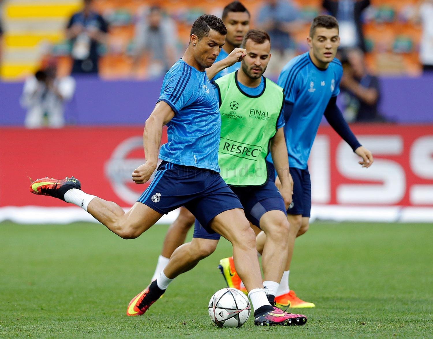 Real Madrid - Entrenamiento del Real Madrid - 27-05-2016