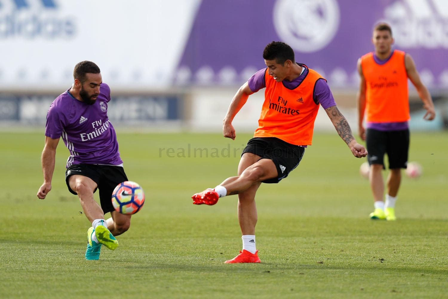 Real Madrid - Entrenamiento del Real Madrid - 17-08-2016