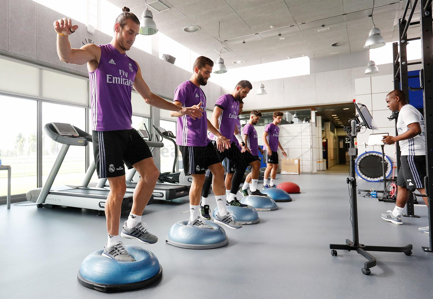 Real Madrid - Entrenamiento del Real Madrid - 07-09-2016
