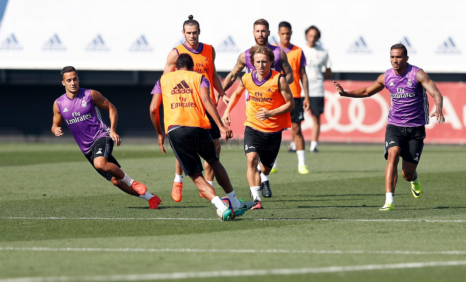 Real Madrid - Entrenamiento del Real Madrid - 08-09-2016