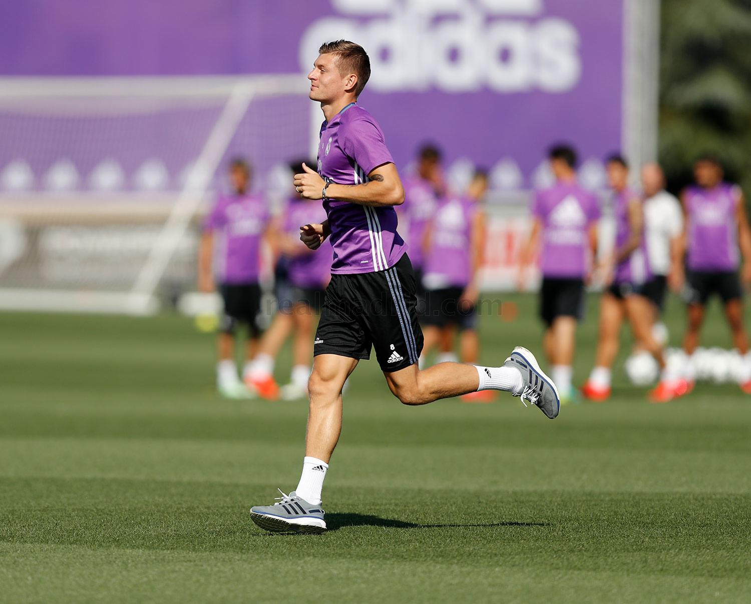 Real Madrid - Entrenamiento del Real Madrid - 11-09-2016