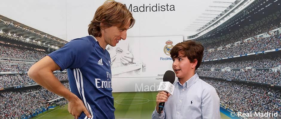 Video: Entrega de premios de la revista Hala Madrid Nº62 y Hala Madrid Junior Nº55