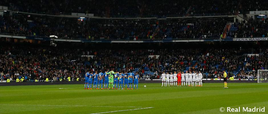 Video: Minute's silence at the Santiago Bernabéu
