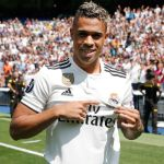 Mariano sets foot on the Bernabéu pitch