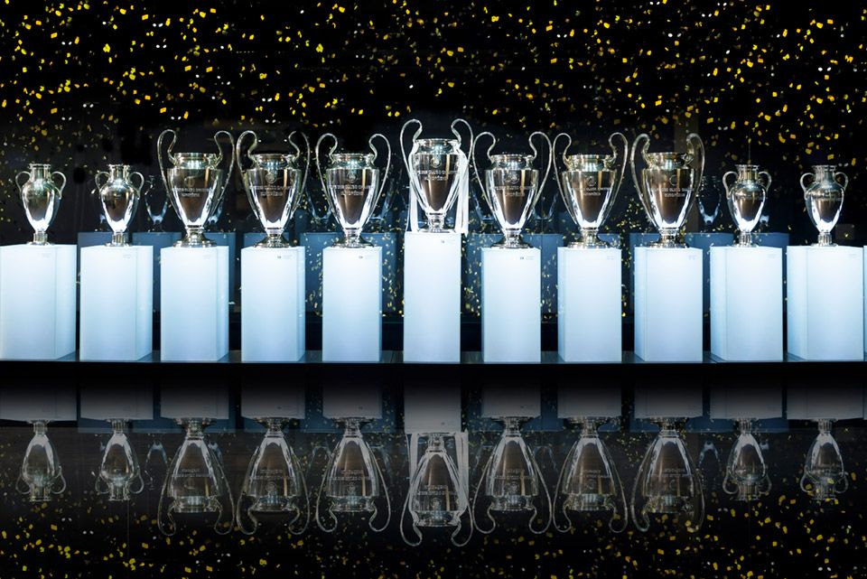 Sala Copas De Europa área Vip Real Madrid Cf