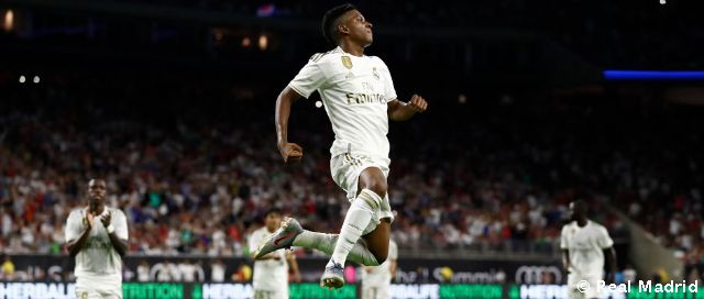 Rodrygo's great goal on his debut as a Madridista