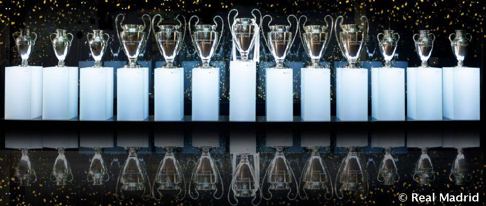 Video: El Real Madrid inicia en París su 50ª participación en la Copa de Europa