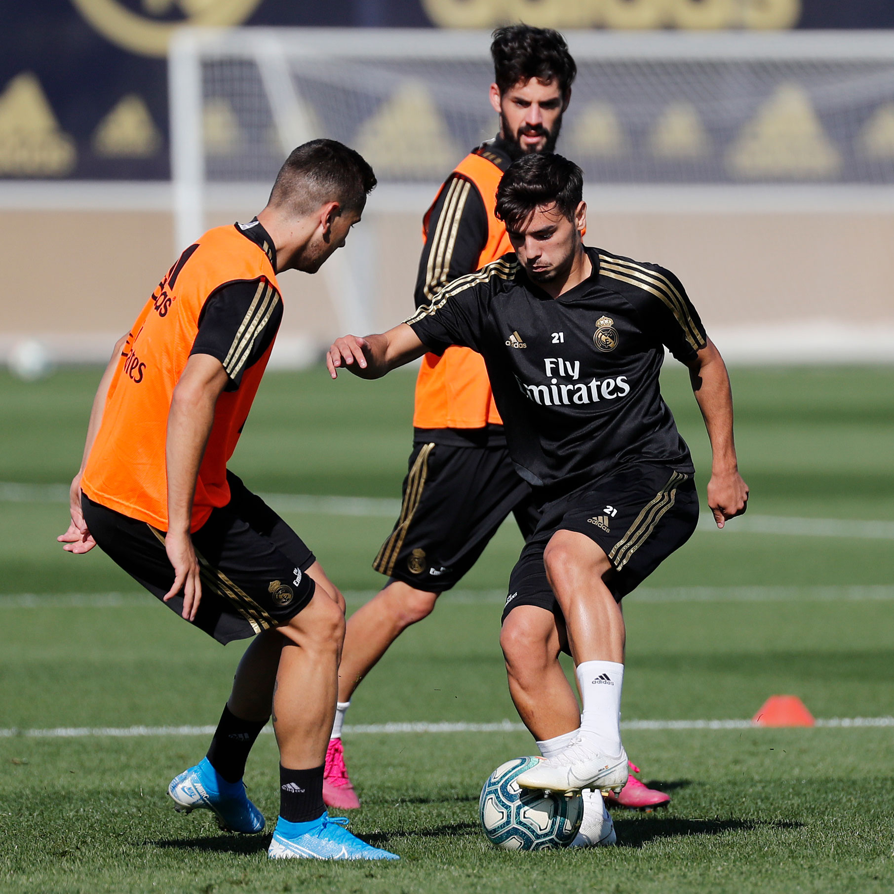 Real Madrid - Entrenamiento del Real Madrid - 02-10-2019