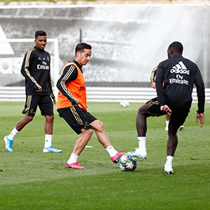 Real Madrid - Entrenamiento del Real Madrid - 20-10-2019