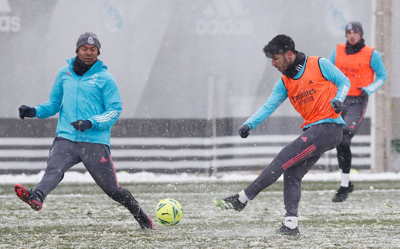 Entrenamiento del Real Madrid  - 02-03-2021