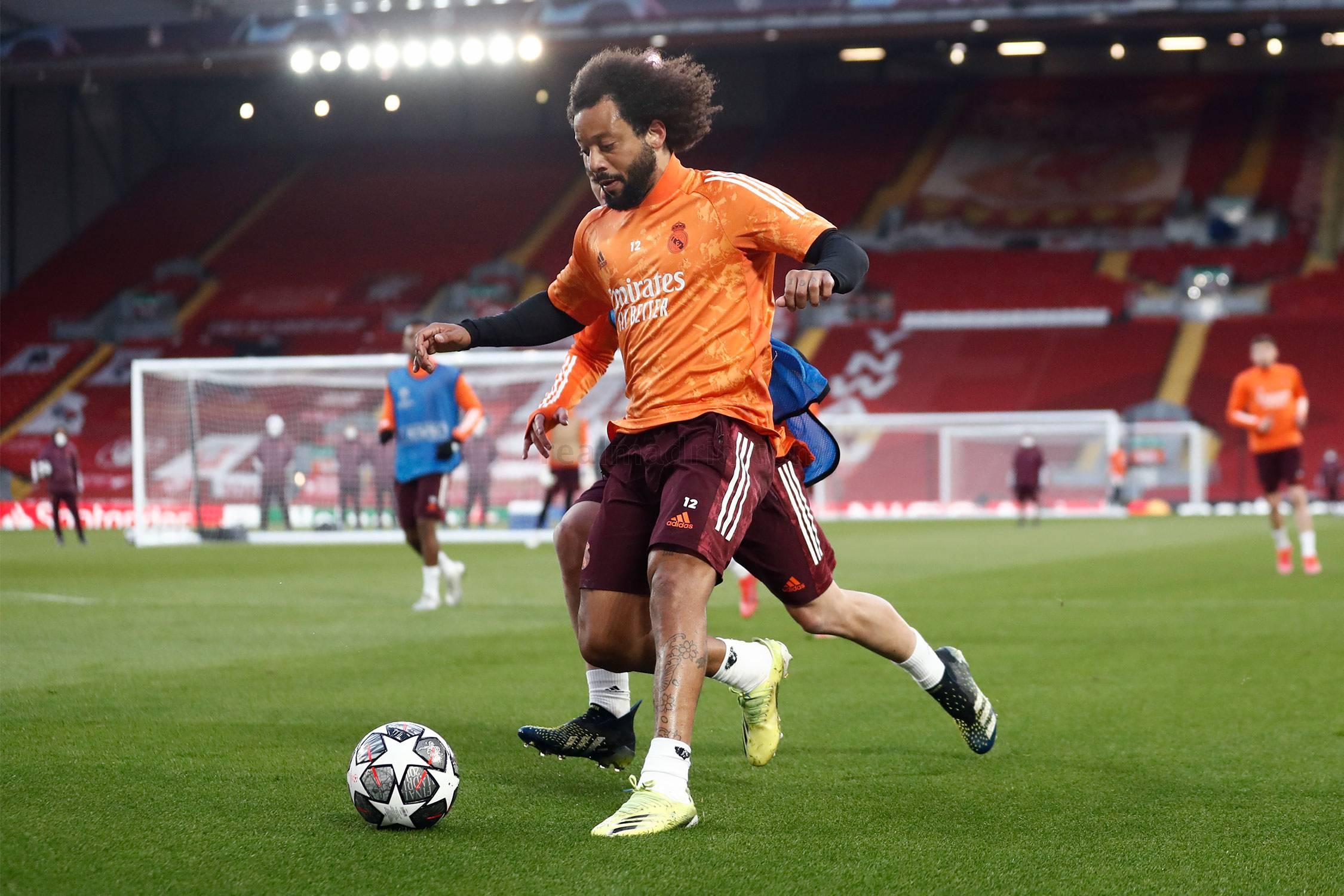 Entrenamiento del Real Madrid en Anfield - 15-05-2021